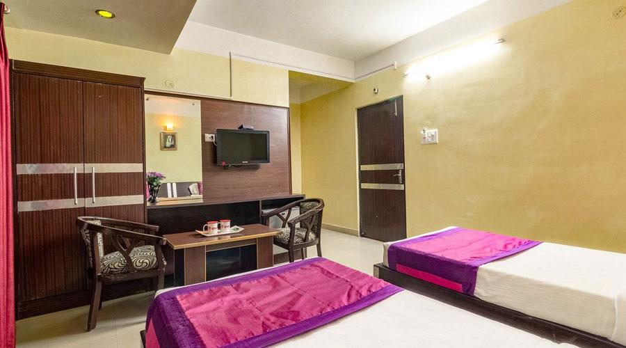 Executive Room, HOTEL CITY PALACE GUWAHATI - Budget Hotels in Guwahati