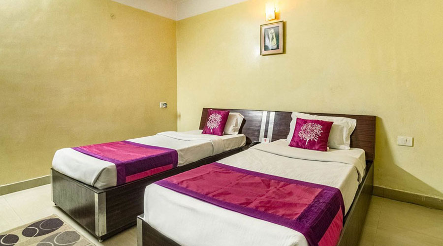 Suite AC Room, HOTEL CITY PALACE GUWAHATI - Budget Hotels in Guwahati