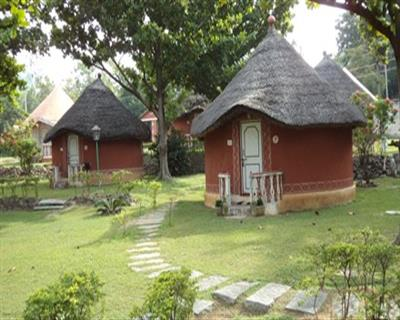 Garden View Non AC Cottage - MAP, KISHKINDA HERITAGE RESORT - Budget Hotels in Hampi