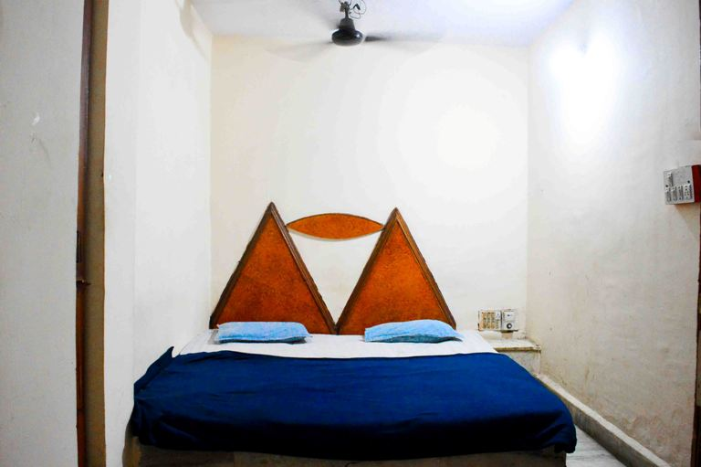 Standard Room, HOTEL NEW RAMA INN  INDORE - Budget Hotels in Indore