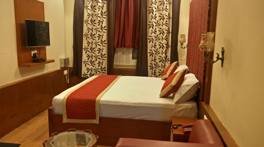 DELUXE ROOM AC, HOTEL SAVOY - Budget Hotels in Jaipur