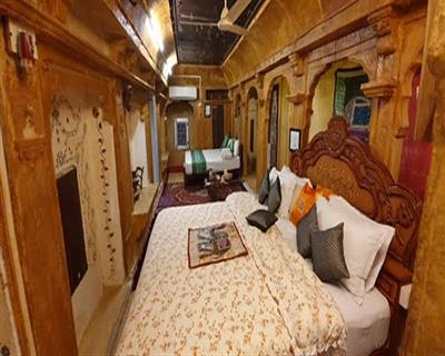 Heritege Maharaja King Room,    