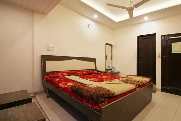 Semi Deluxe Room, Hotel The Lotus - Budget Hotels in Kalka