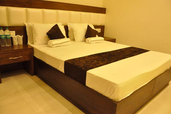 Executive Room, Hotel Lotus Grand Akm - Budget Hotels in Kalka
