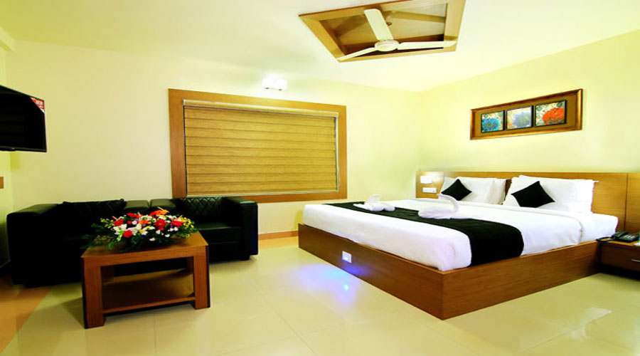Mini Suite Room, PARCO RESIDENCY THALASSERY - Budget Hotels in Kannur