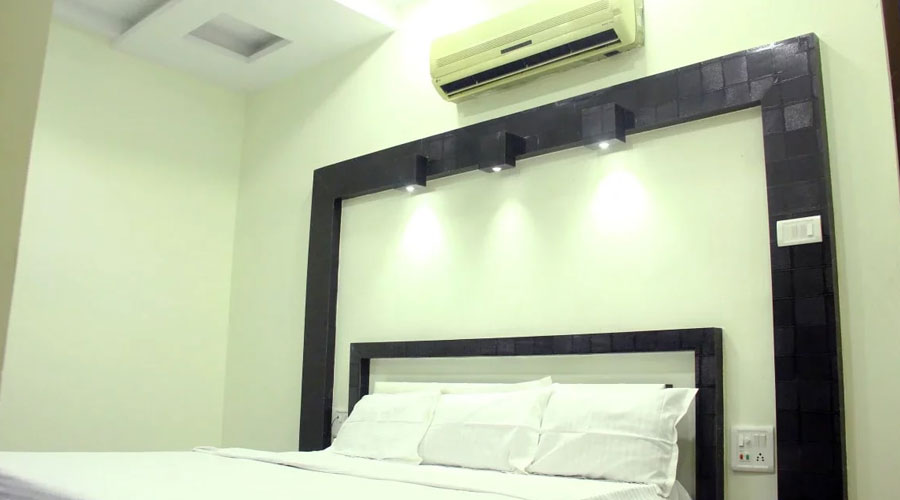 AC Room,                                     HOTEL SATYAM AND RESTAURANT KANPUR - Budget Hotels in Kanpur