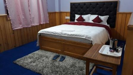 Deluxe Room, HILL HOTEL LACHHUNG - Budget Hotels in Lachung