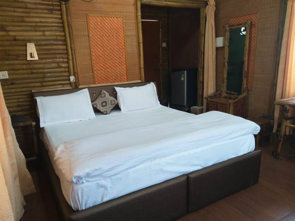Bamboo Hut Non AC Room, Mayur Hotel And Restaurant (pure Veg.) - Budget Hotels in Lansdowne