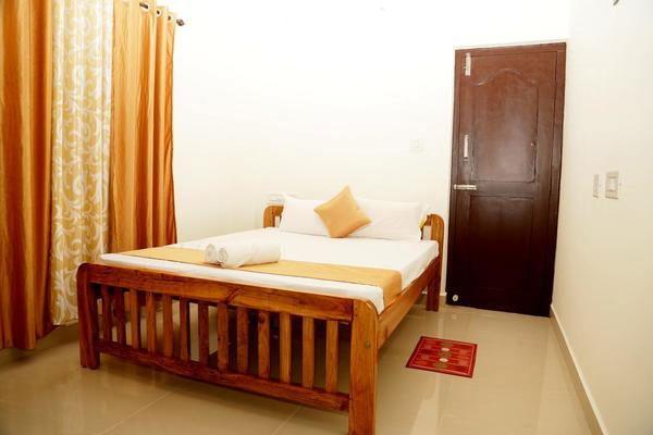 Deluxe Double Room,                                     Holidayincoorg Silver Nest - Budget Hotels in Madikeri