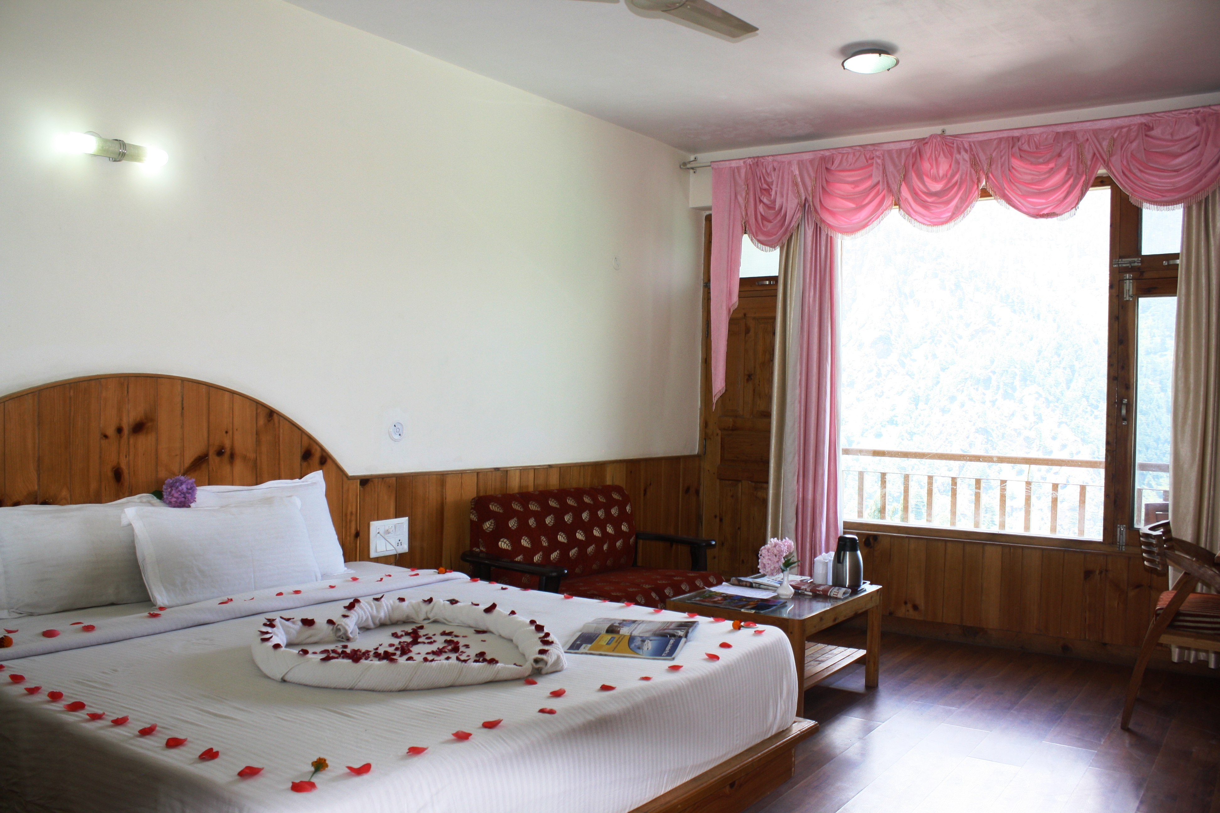Super Deluxe Valley View MAP), SARTHAK RESORTS KHAKHNAL( MANALI) - Budget Hotels in Manali