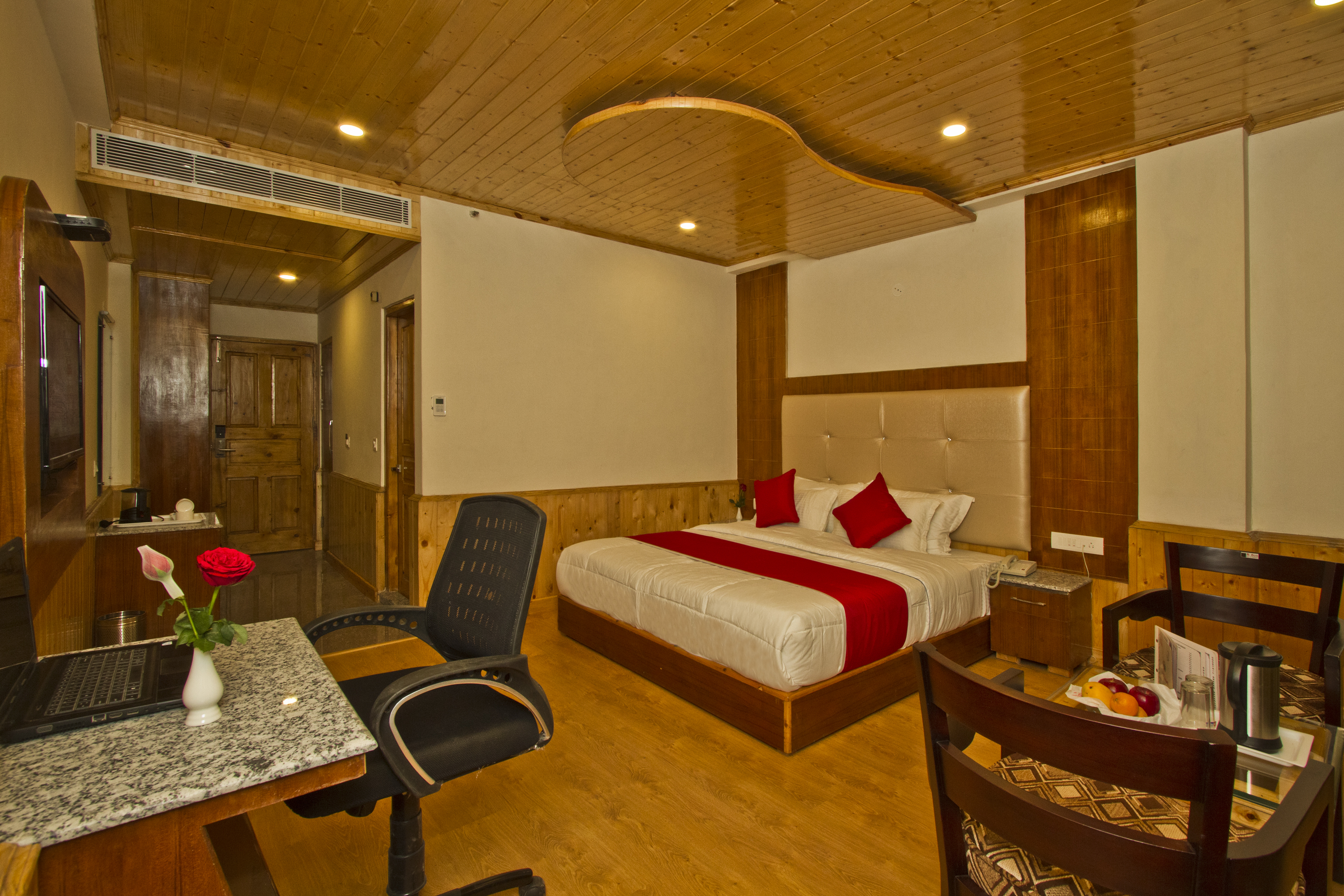 Premium Room EP, Sarthak Regency (A Centrally Heated And  Air Cooled) - Budget Hotels in Manali