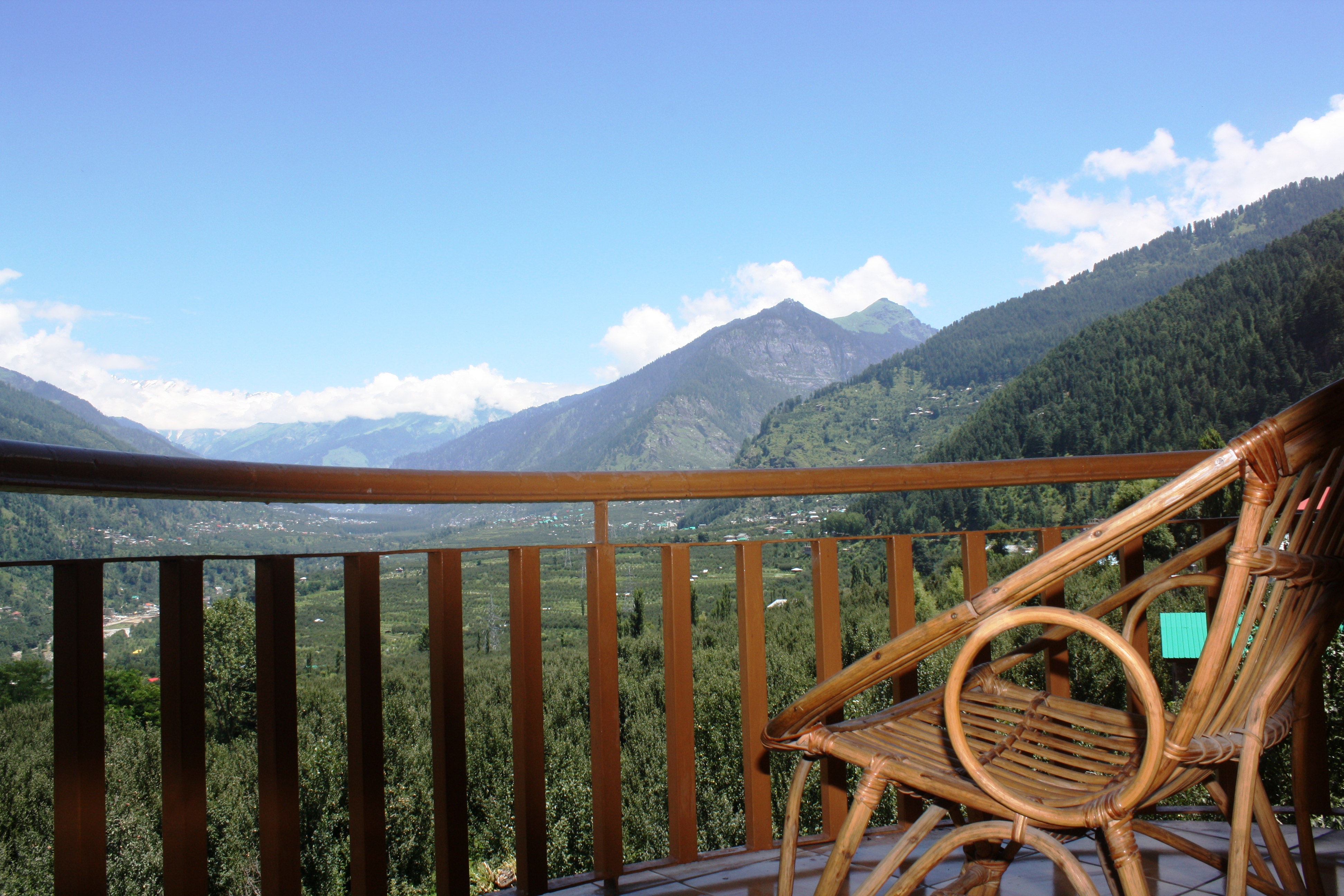 Deluxe Room Valley View(CP), SARTHAK RESORTS KHAKHNAL( MANALI) - Budget Hotels in Manali