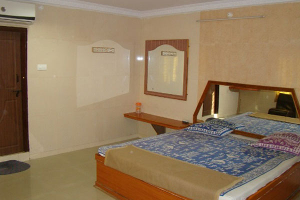 Deluxe Double Bed  Room With AC, SREENIKETANAM  A BUDGET LODGE - Budget Hotels in Mantralayam