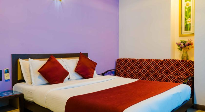 Super Deluxe AC Room on EP, HOTEL AIRPORT ANNEX - Budget Hotels in Mumbai