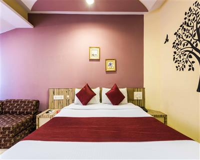 Delux AC Room, Hotel Arma Executive. Close To Us Consulate - Budget Hotels in Mumbai
