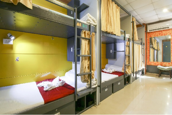 Single Deluxe Bed Female Dormitory A/C, ARMA HOSTEL (QUBE STAY) - Budget Hotels in Mumbai