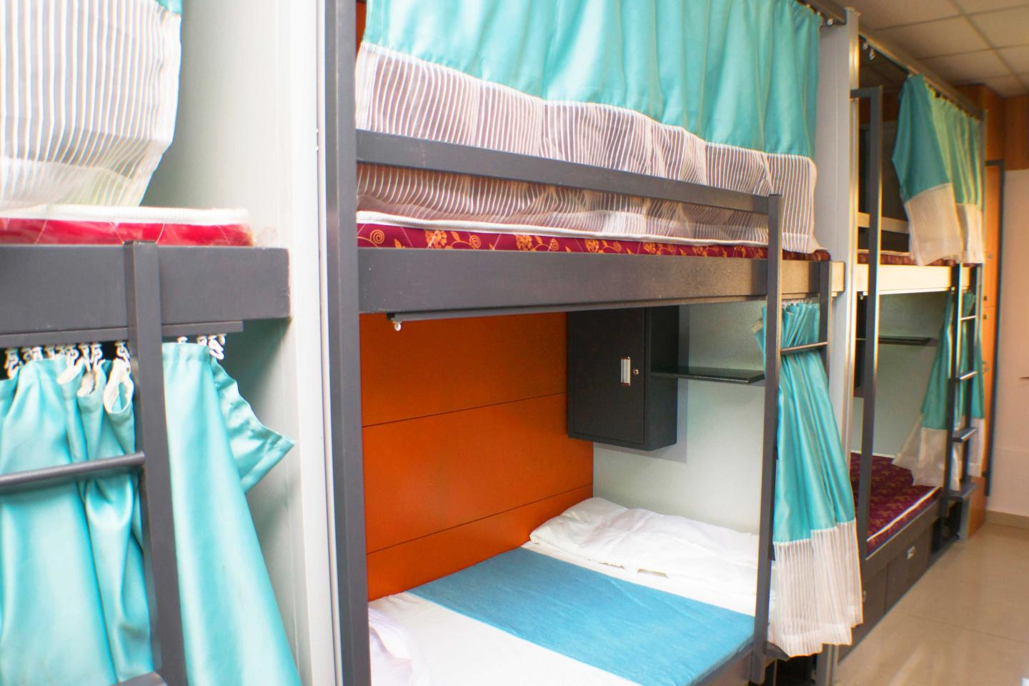 Deluxe AC Dormitory Bed and  Breakfast, ARMA HOSTEL (QUBE STAY) - Budget Hotels in Mumbai