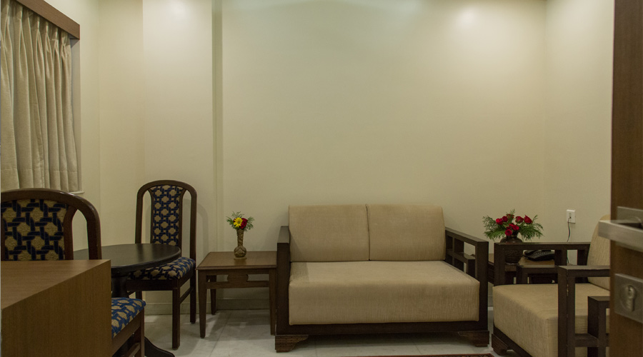 Suite Room, The Majestic Manor- A Home Away From Home - Budget Hotels in Nagpur