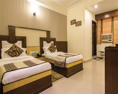 Triple Bedded Room, HOTEL GRAND PARK INN - Budget Hotels in New Delhi