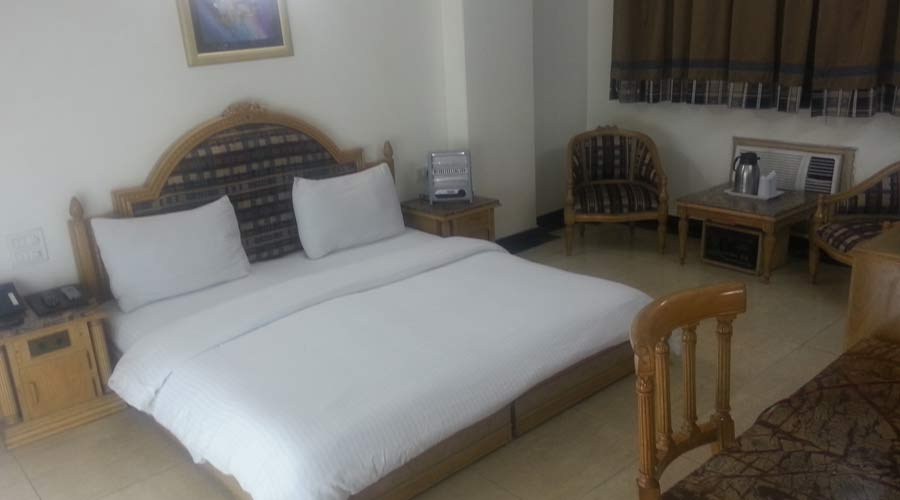 Deluxe Room, HOTEL SUNSTAR RESIDENCY - Budget Hotels in New Delhi