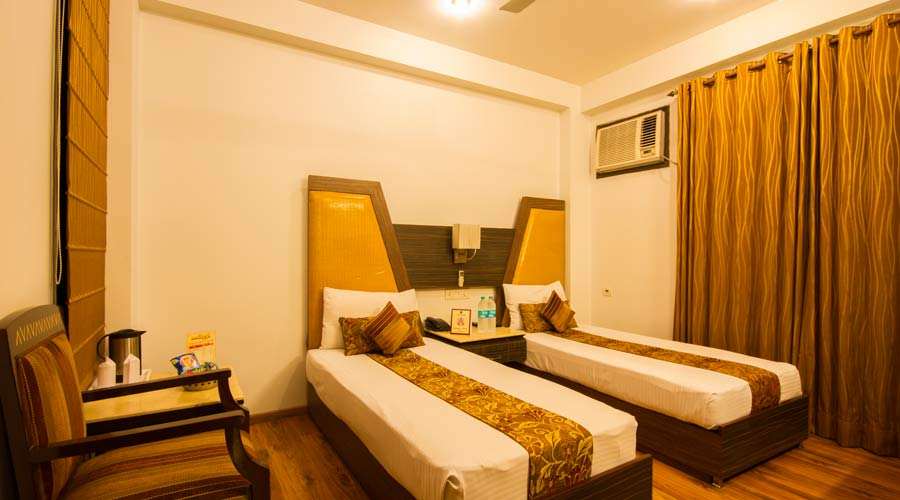 Deluxe Room, HOTEL SUNSTAR HEIGHTS - Budget Hotels in New Delhi