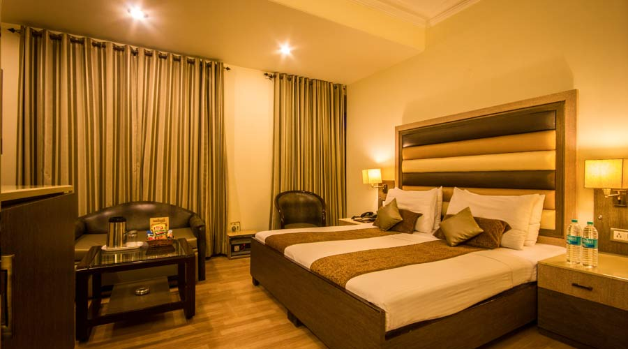Executive Room, THE SUNCOURT HOTEL YATRI - Budget Hotels in New Delhi