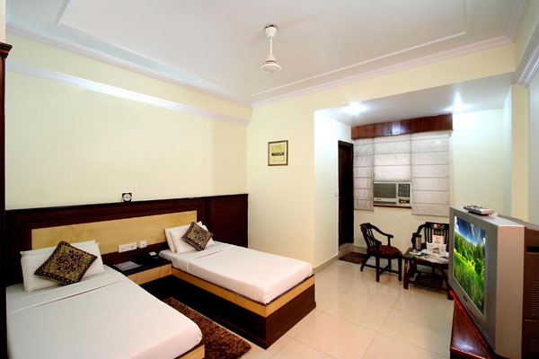 Standard Room, Hotel Grand Park Inn - Budget Hotels in New Delhi