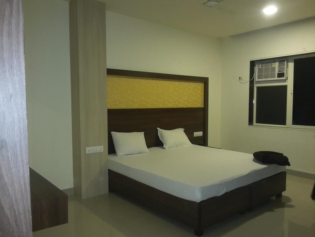 Deluxe Room, HOTEL VEER PARK PANVEL - Budget Hotels in Panvel