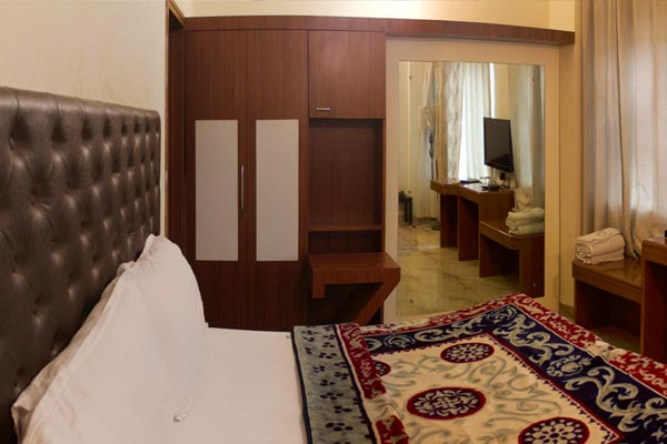Super Deluxe Room,                                     Hotel Mohan Continental Patiala - Budget Hotels in Patiala