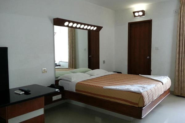 Executive Room, Lotus Bay View - Budget Hotels in Pondicherry
