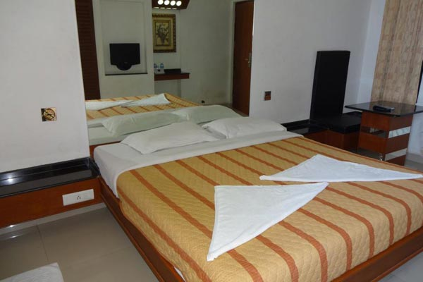 4 Occupancies Suite, Lotus Bay View - Budget Hotels in Pondicherry