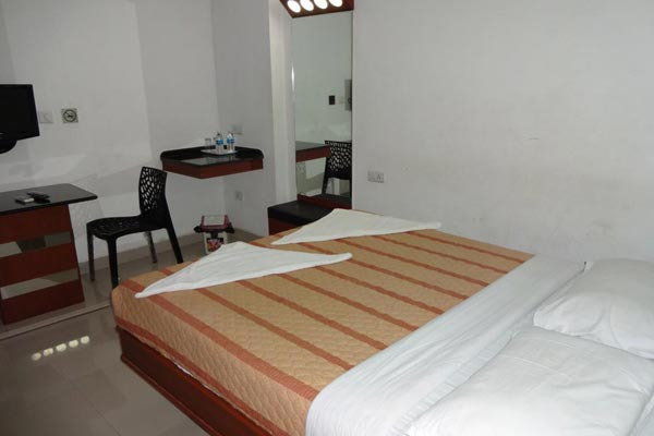 6 Occupancies Suite, Lotus Bay View - Budget Hotels in Pondicherry