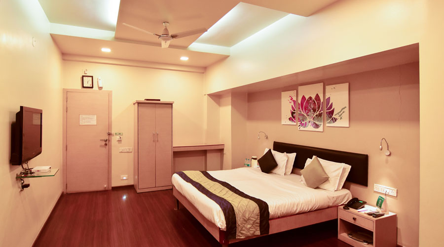 SUPER DELUXE NON AC,                                     HOTEL SAPNA PUNE - Budget Hotels in Pune