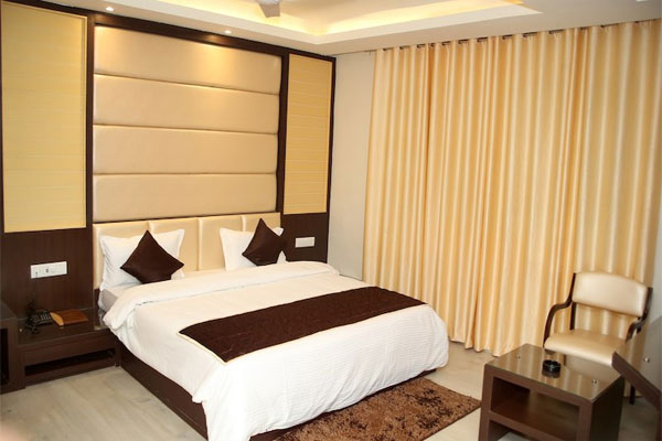 Presidential Suite AC Room (With Breakfast),                                     Hotel Lavanaya Palace Ratlam - Budget Hotels in Ratlam
