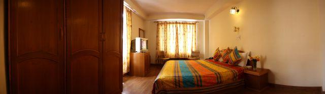 Deluxe Room, Hotel Deepwoods - Budget Hotels in Shimla