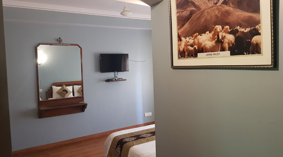 Deluxe Room | EP (Room Only), HOTEL SILVERINE - Budget Hotels in Shimla