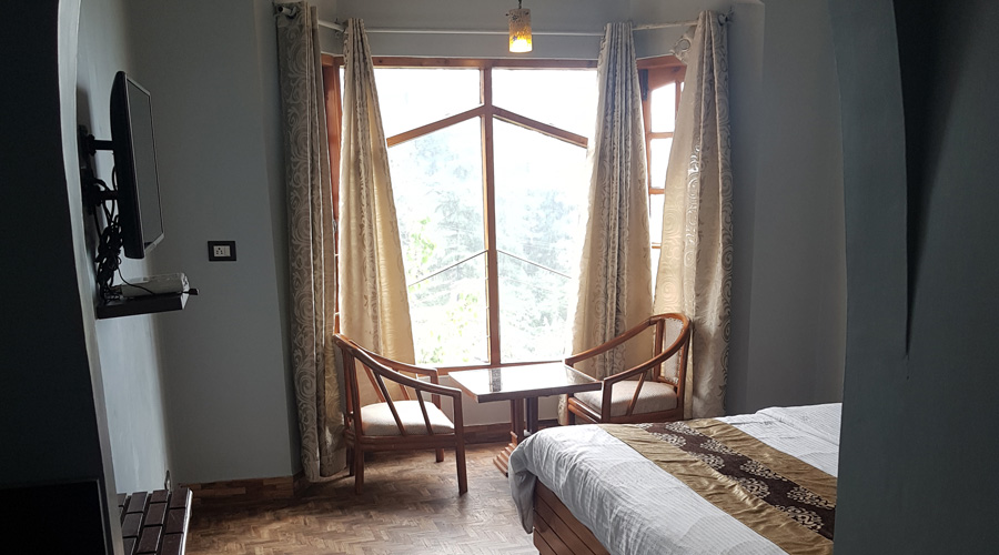 Luxury Room, HOTEL SILVERINE - Budget Hotels in Shimla