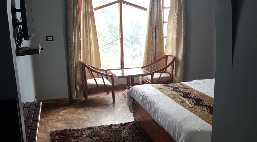 Luxury Room | CP (Breakfast Included), HOTEL SILVERINE - Budget Hotels in Shimla