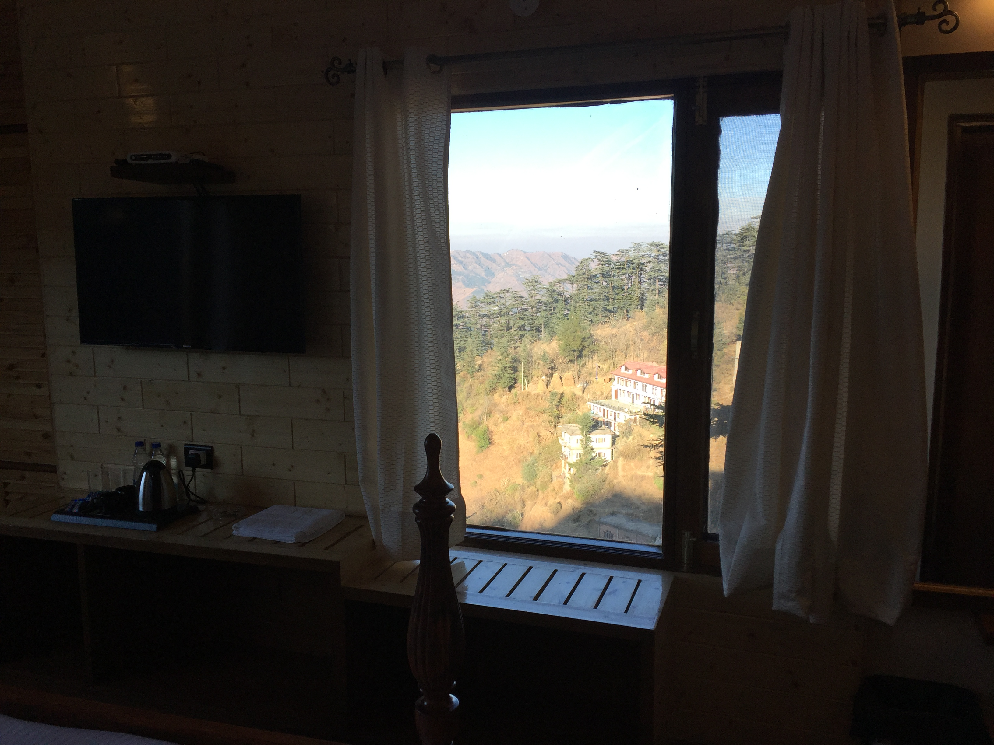 Master Suite Room, THE BODHI TREE BNB, SHIMLA - Budget Hotels in Shimla