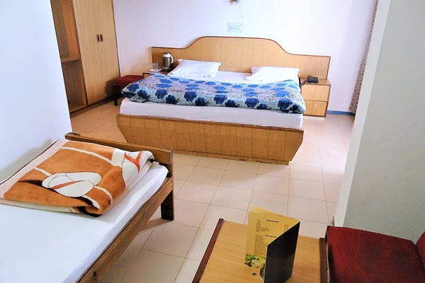 Triple Bed Room, HOTEL AMBER SHIMLA - Budget Hotels in Shimla