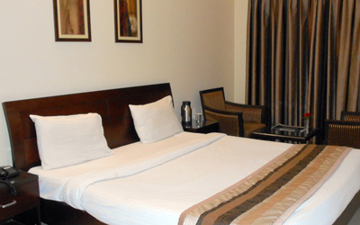 Executive Suite, HOTEL REEVA SUITES - Budget Hotels in Shirdi