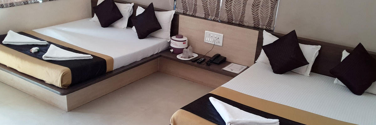 Four Bed AC Room, HOTEL SOMNATH ATITHIGRUH - Budget Hotels in Somnath