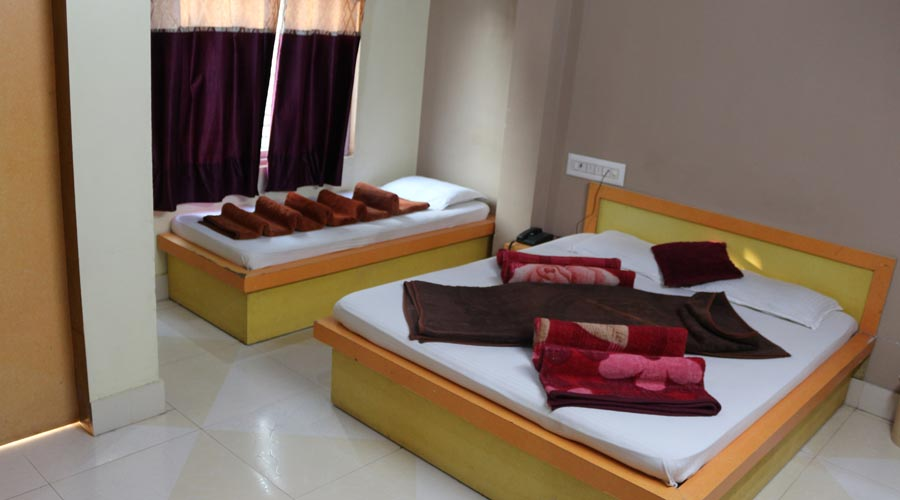 Double Bed Non AC Room, Hotel Avadh Somnath - Budget Hotels in Somnath