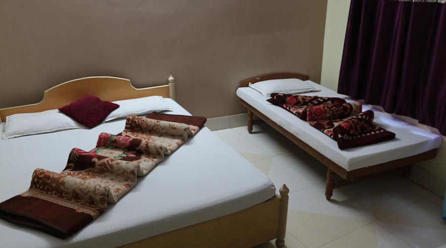 Triple Bed  AC Room, Hotel Avadh Somnath - Budget Hotels in Somnath