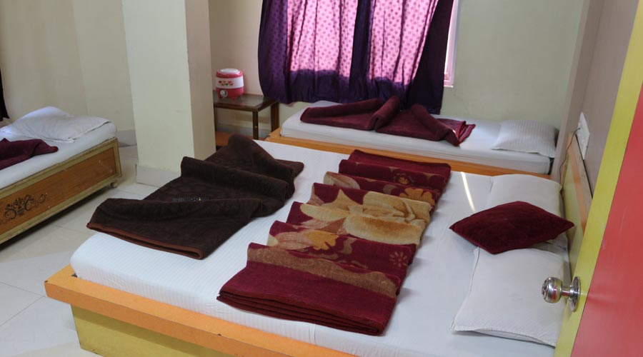 Four Bed Non AC Room, Hotel Avadh Somnath - Budget Hotels in Somnath
