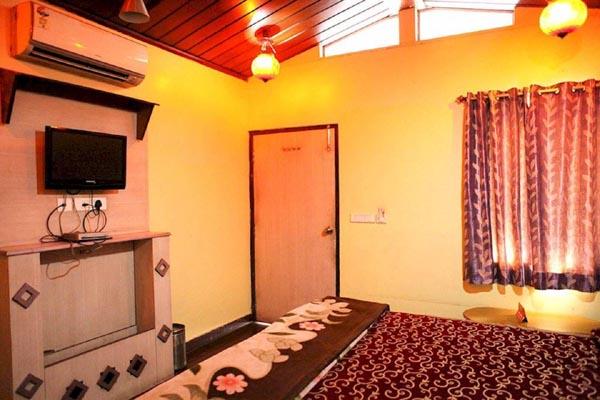 Deluxe Room, HOTEL MAHADEV REGENCY - Budget Hotels in Jaipur