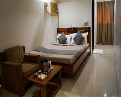Standard Room, HOTEL AMBASSADOR VADODARA - Budget Hotels in Vadodara